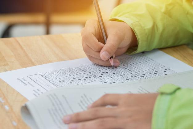 Imagen: Exámenes de acceso a la Universidad
