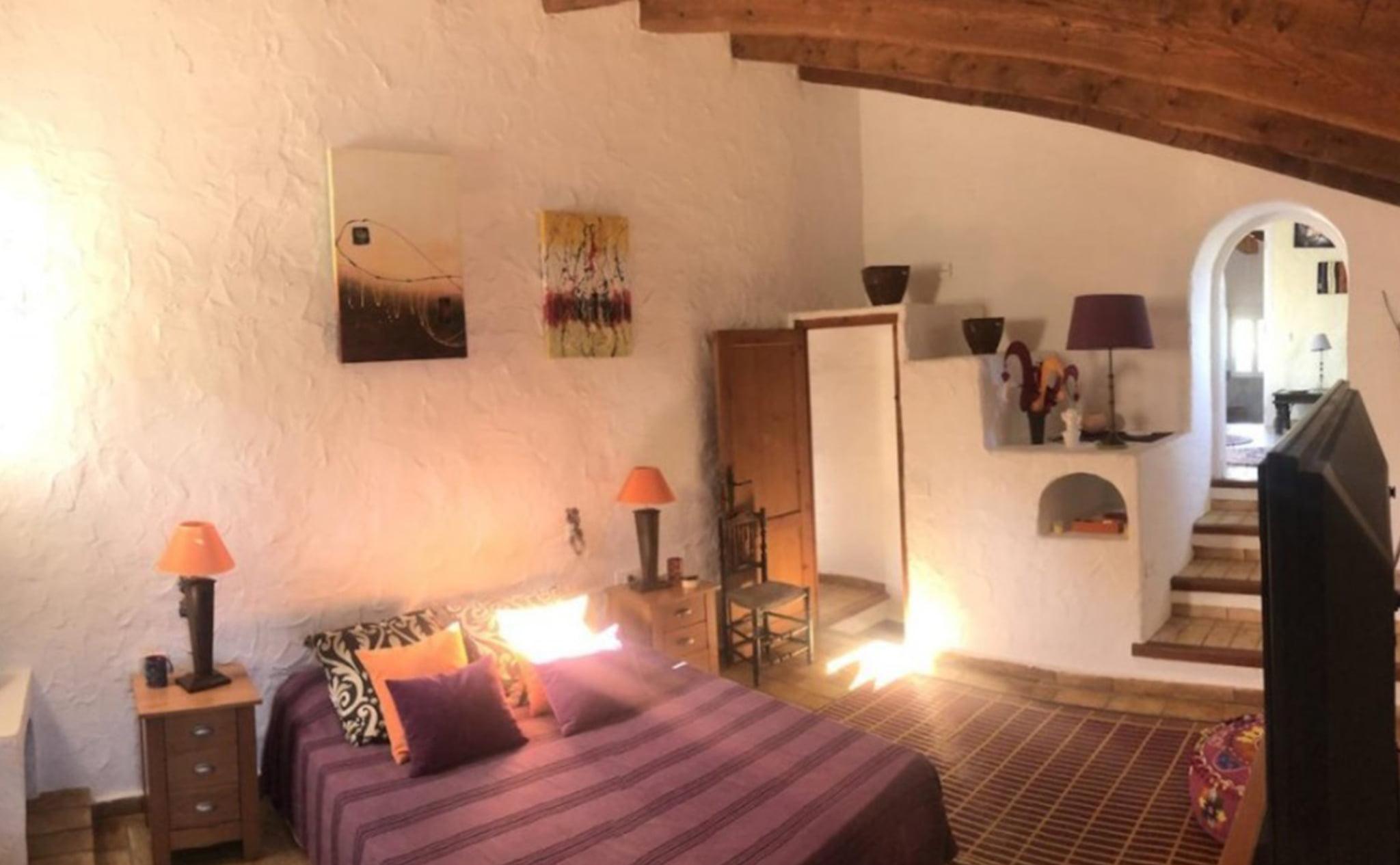 Una de las habitaciones de una finca rústica en venta en Jávea con Terramar Costa Blanca