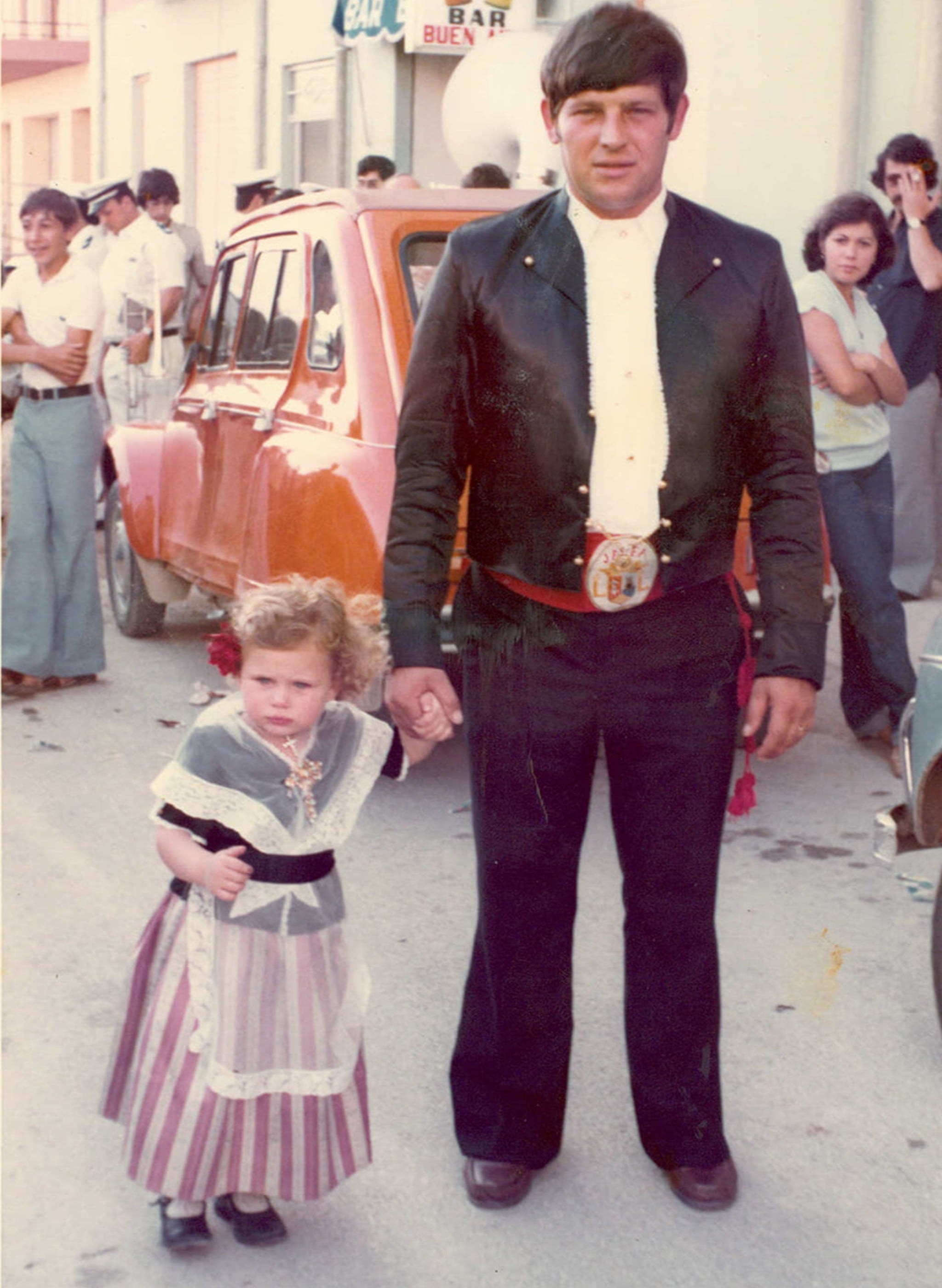 Juan Cholbi y MªJesús Cholbi en las fiestas de San Juan de Xàbia en los años 70