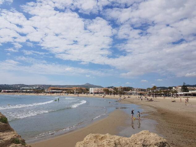 Imagen: La playa del Arenal durante el mes de mayo