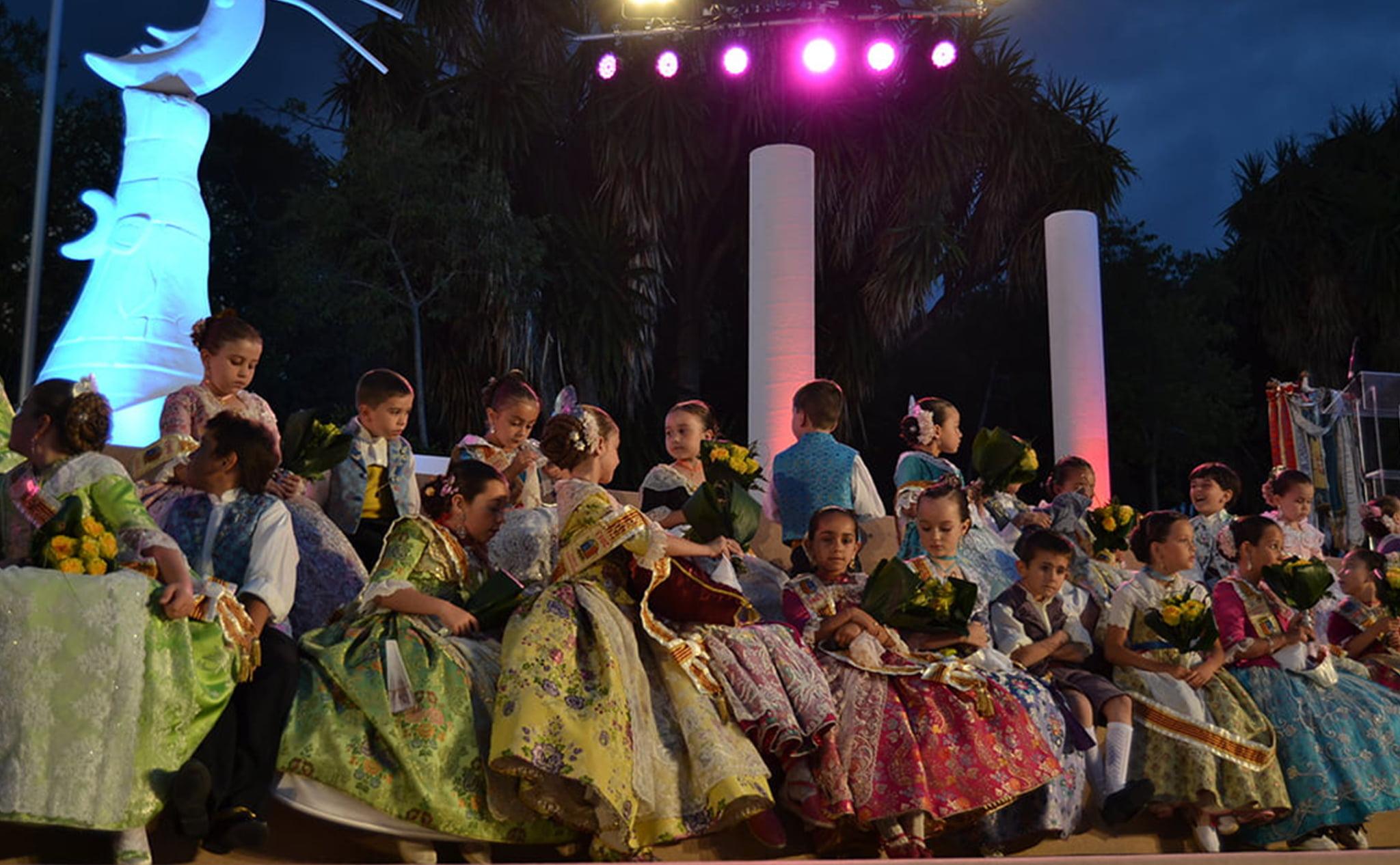 Proclamación de la reina, damas y corte infantil del año 2013 de les Fogueres de Xàbia