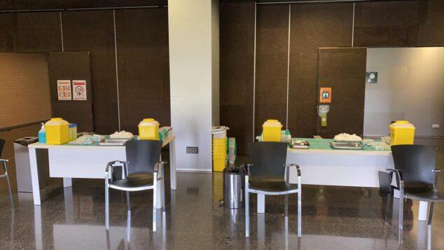 Imagen: Sala de vacunación para el personal sanitario