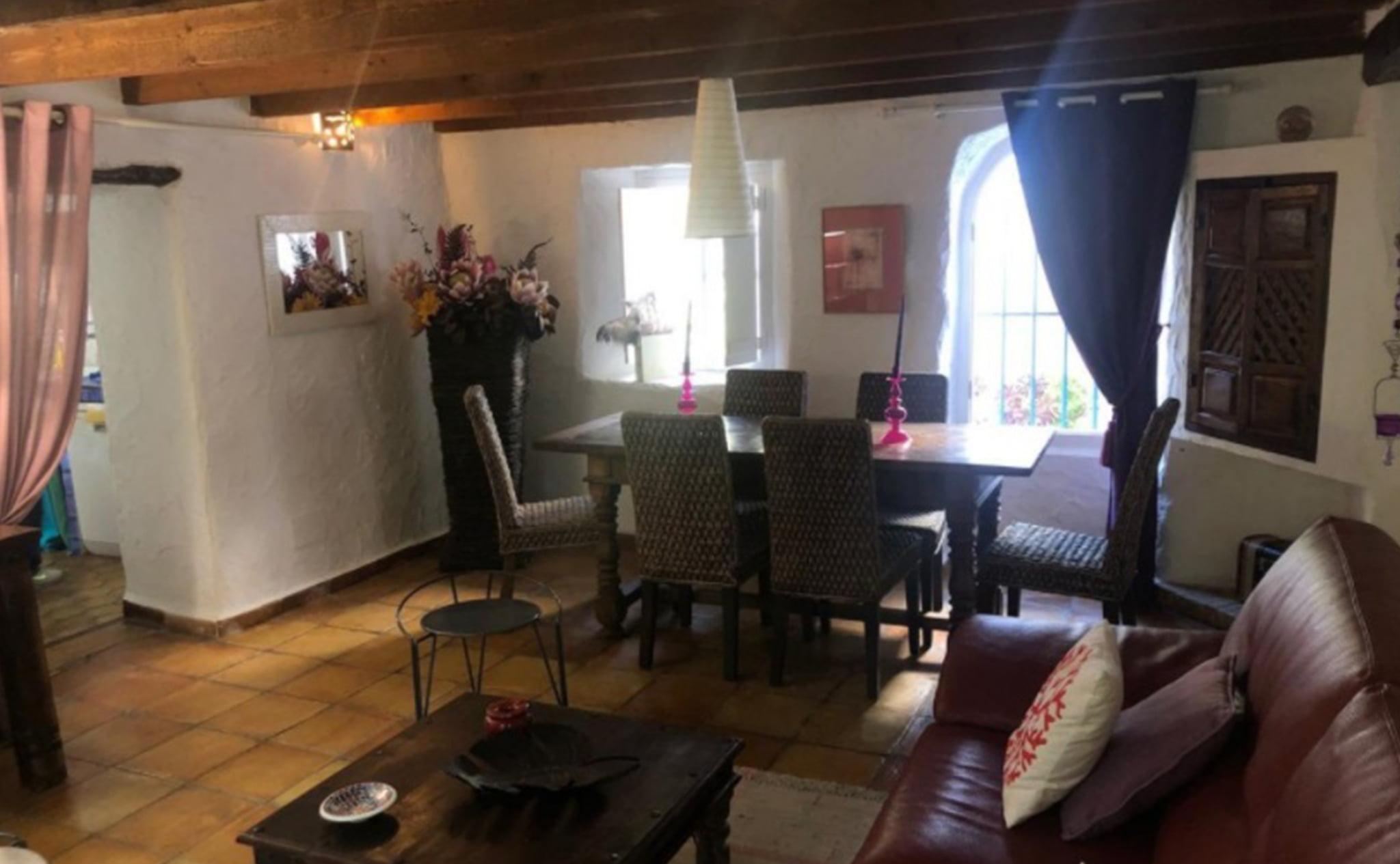 Salón comedor de una finca rústica en venta en Jávea con Terramar Costa Blanca
