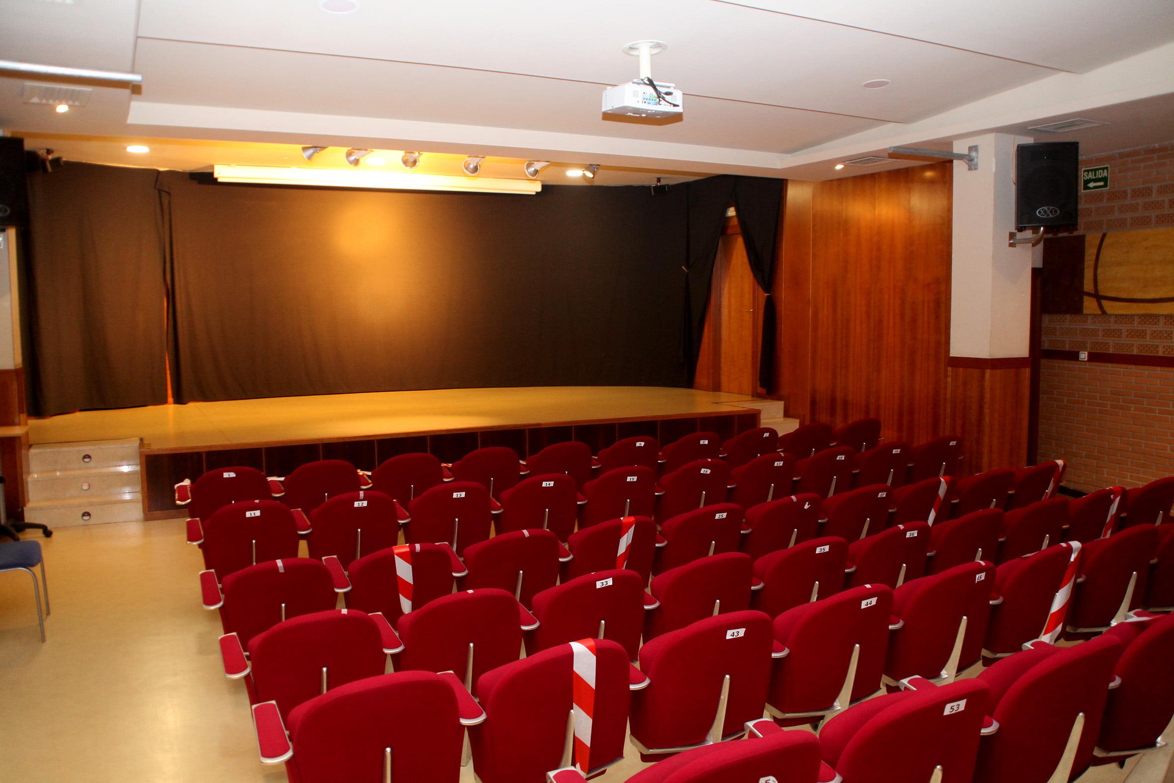 Salón de actos de la Casa de Cultura