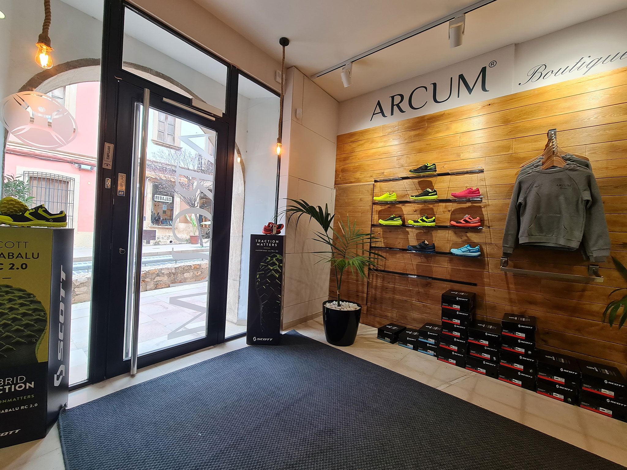 Calzado deportivo en Jávea – Arcum Health Zone