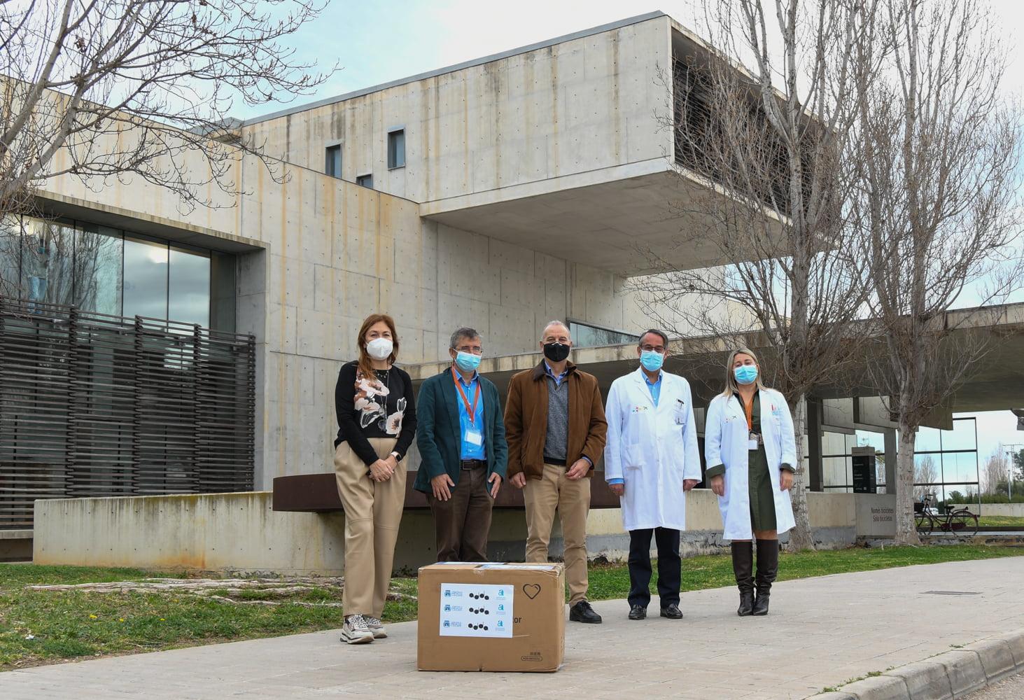 Donación de mascarillas al Hospital de Dénia