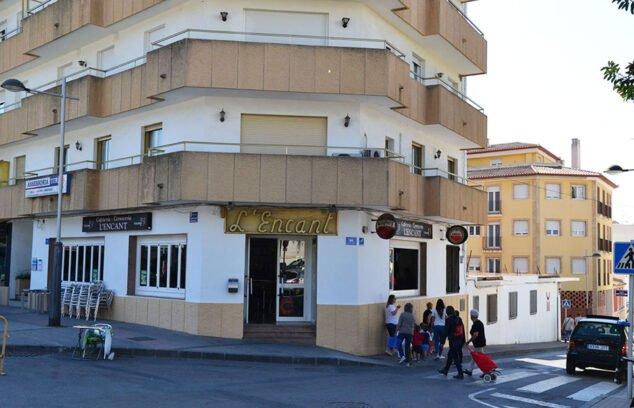 Imagen: Fachada de Cafetería L'Encant en Jávea