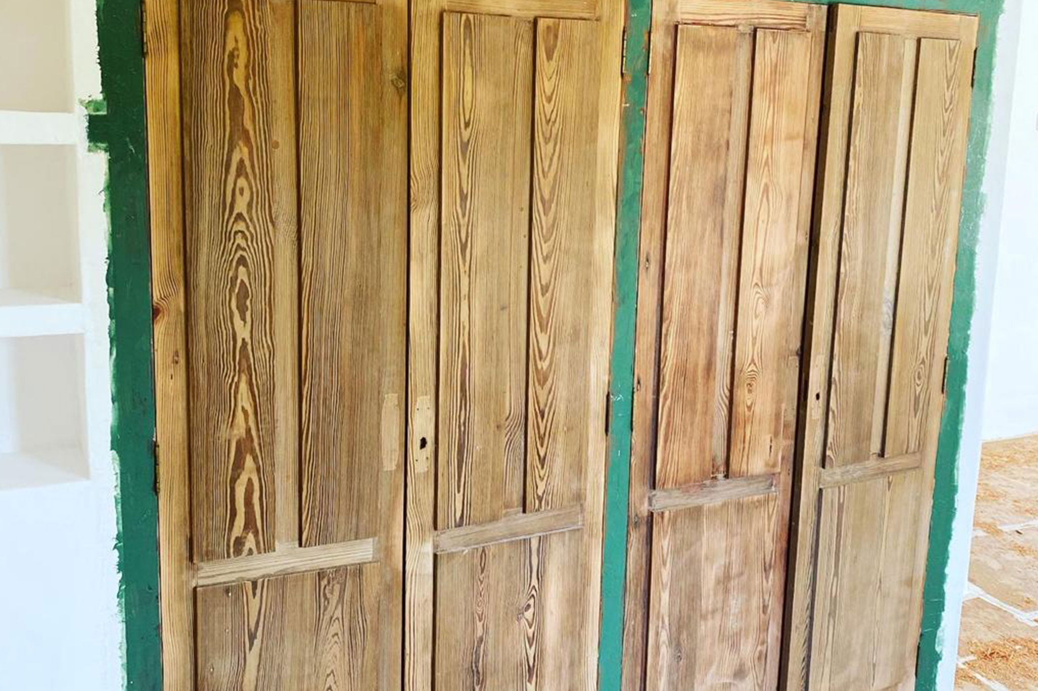 Trabajo de lacado de puertas – Pinturas Juanvi Ortolà