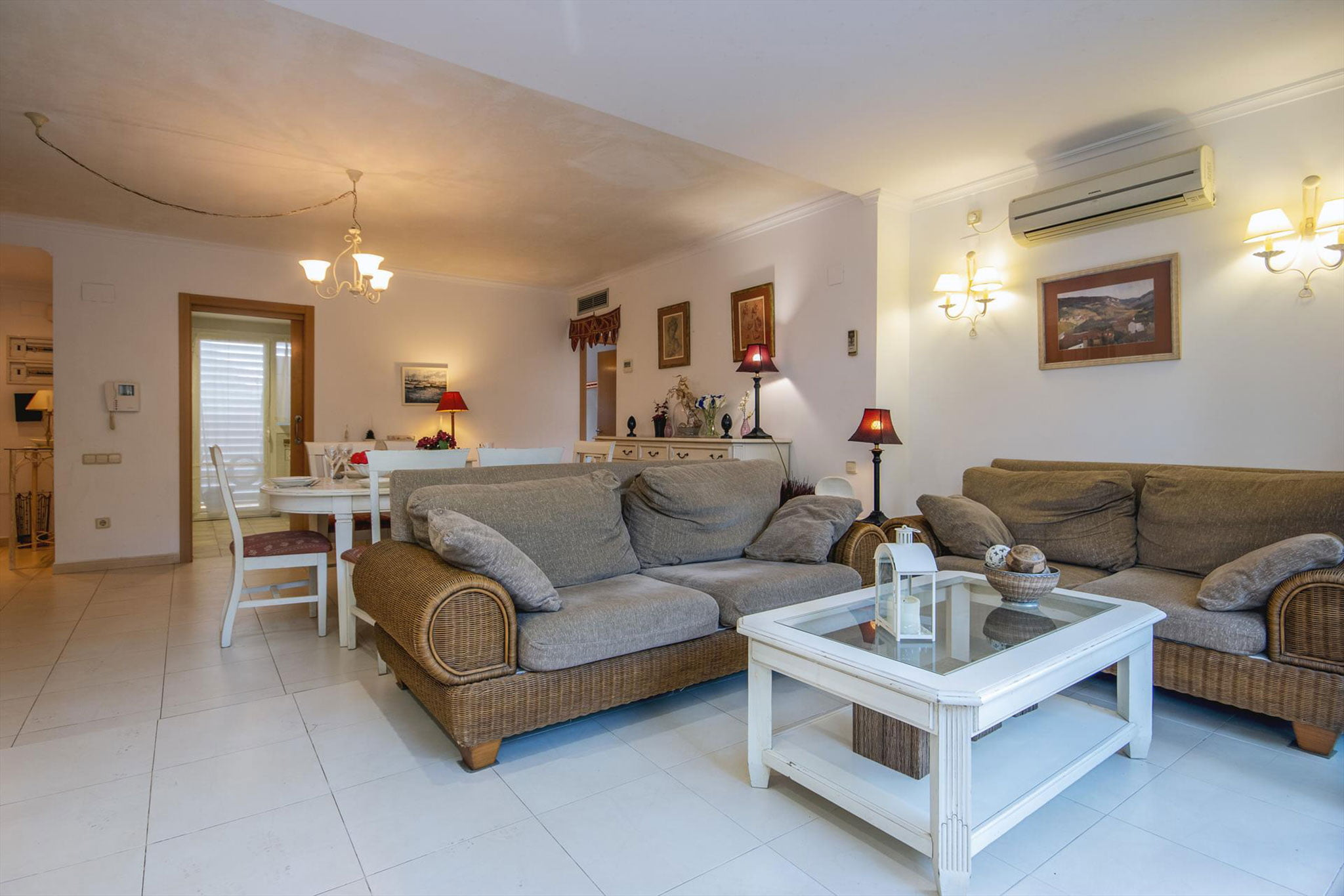 Salón de un apartamento de alquiler en Jávea – Aguila Rent a Villa