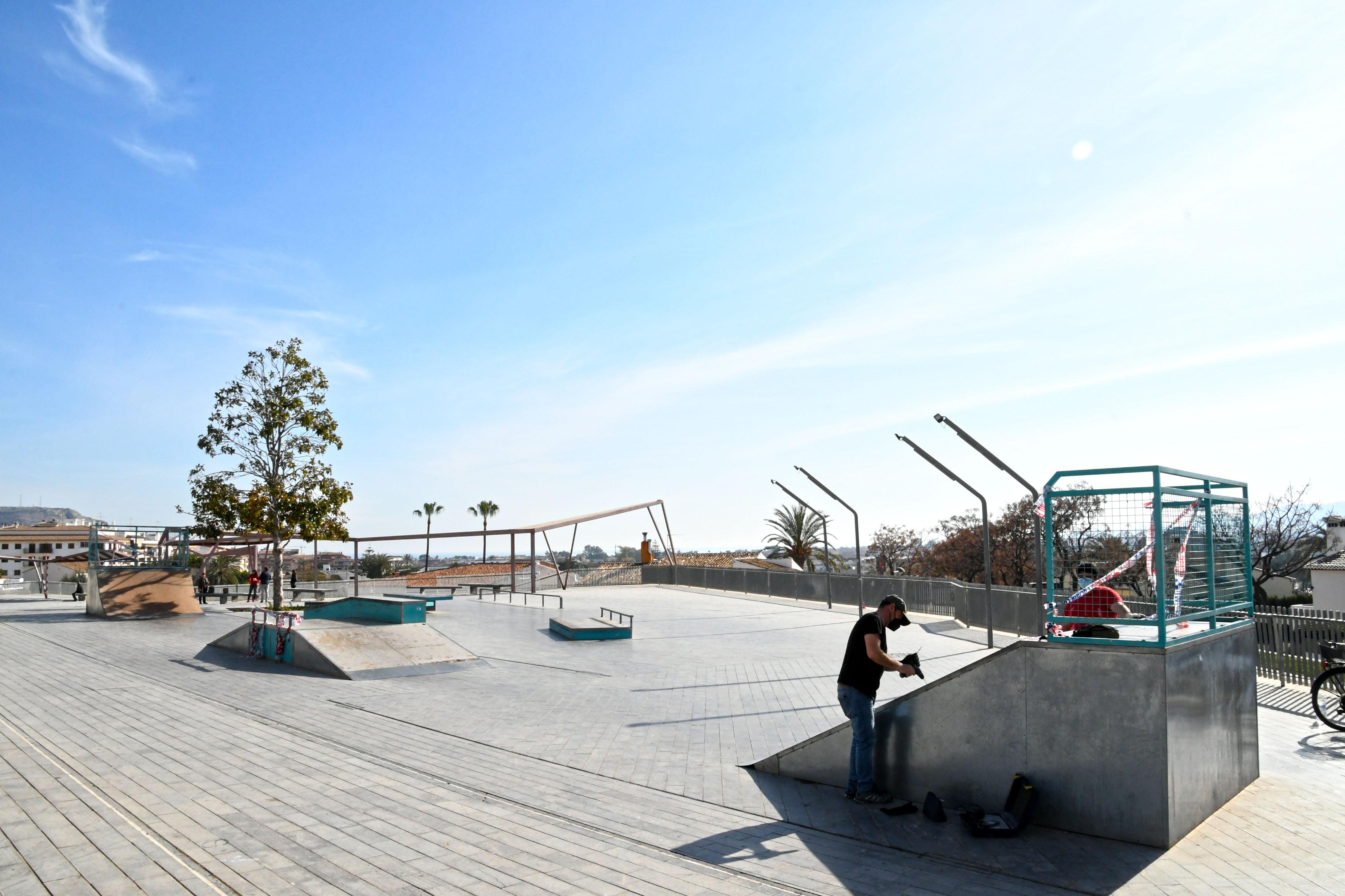 Trabajos de reparación del Skate Park