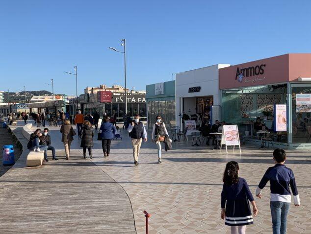 Imagen: Ambiente del Puente de San José en la playa del Arenal