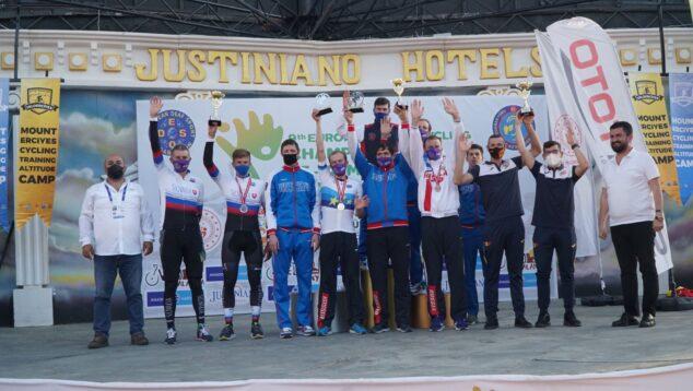 Imagen: El podio del Campeonato de Europa de ciclismo