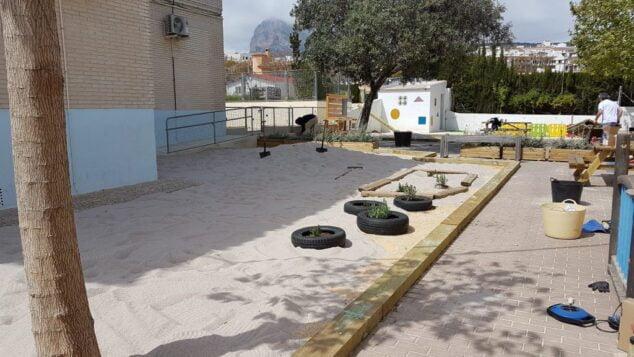 Imagen: Nuevo arenero del patio de infantil del Trenc d'Alba