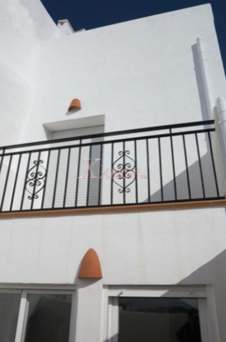 Balcón de una casa de pueblo en venta en Benitachell - Xabiga Inmobiliaria