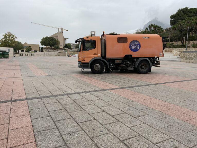 Camión de la limpieza en Xàbia