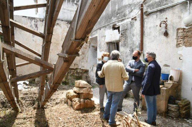 Imagen: El conseller visita el estado de la Casa Xolbi