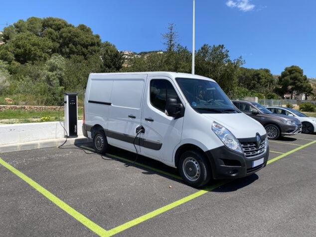 Imagen: Nueva furgoneta para área de deportes