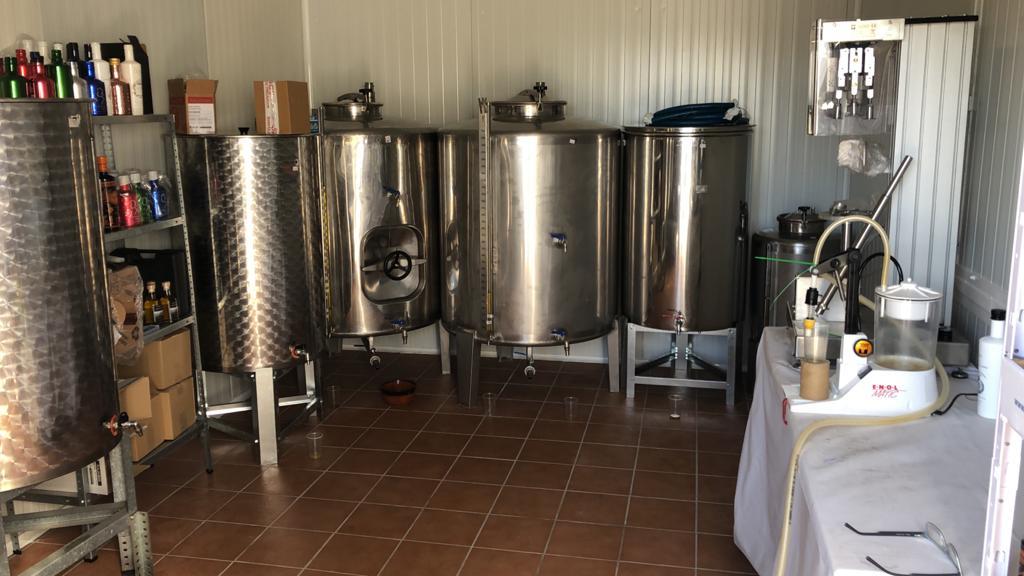 Sala de filtración y embotellamiento de Oli de Xàbia