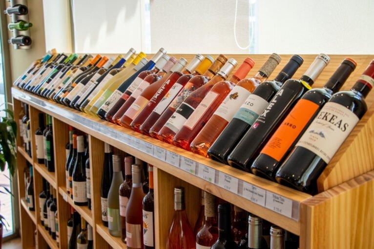 Selección de vinos a buen precio en Jávea - Casa del Vino