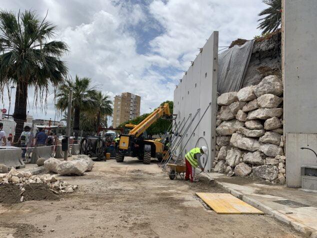 Imagen: Obras de emergencia del talud en el puerto de Xàbia