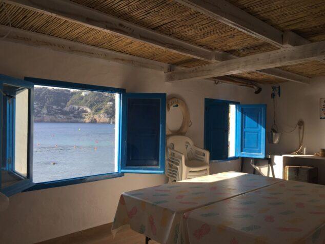 Imagen: Interior de una de las casitas de la Barraca