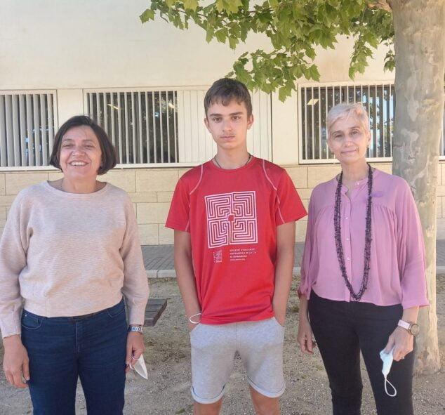 Imagen: Pablo Nieto junto a la directora y responsable de Matemáticas