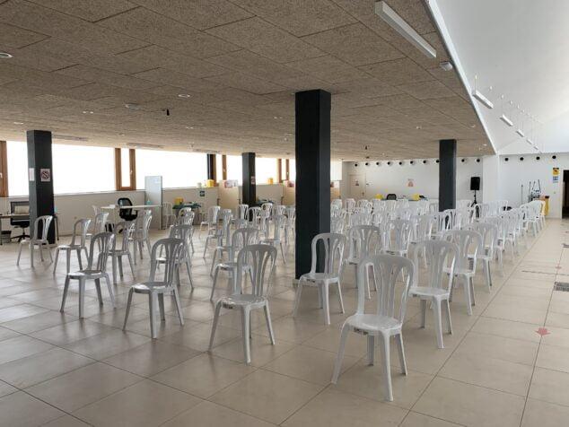 Imagen: Sala Polivalente Portal del Clot preparada para la vacunación
