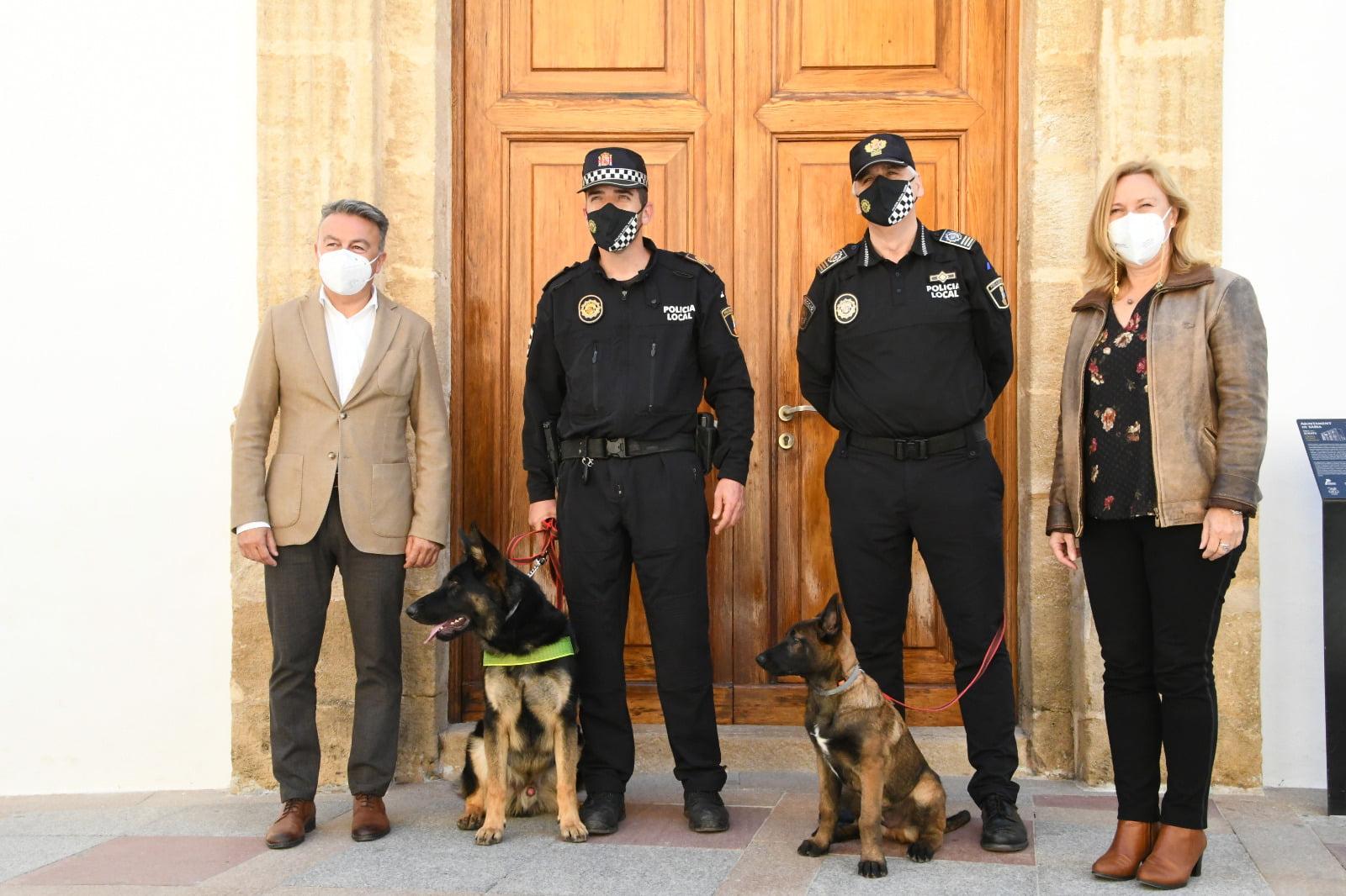 Unidad canina de la Policía de Xàbia