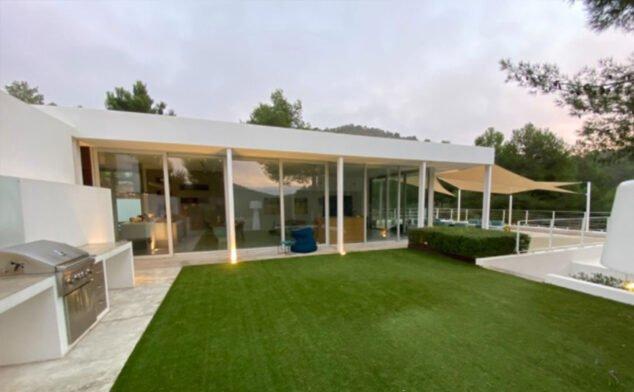 Imagen: Vivienda unifamiliar con paisajismo - Quitec