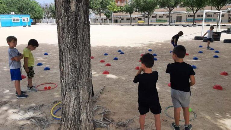 Entrenamiento de los pequeños de la Escuela de Atletismo Llebeig
