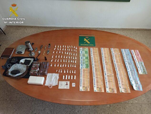 Imagen: Material requisado en el registro de la vivienda del detenido