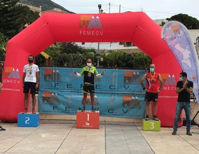 Imagen: Nasio Cardona en el podio