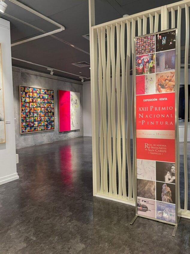 Imagen: Sala de la Exposición del XXII Premio Nacional de Pintura