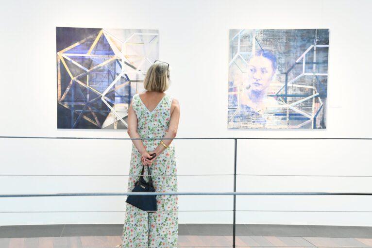 Exposición Art 7 Cable