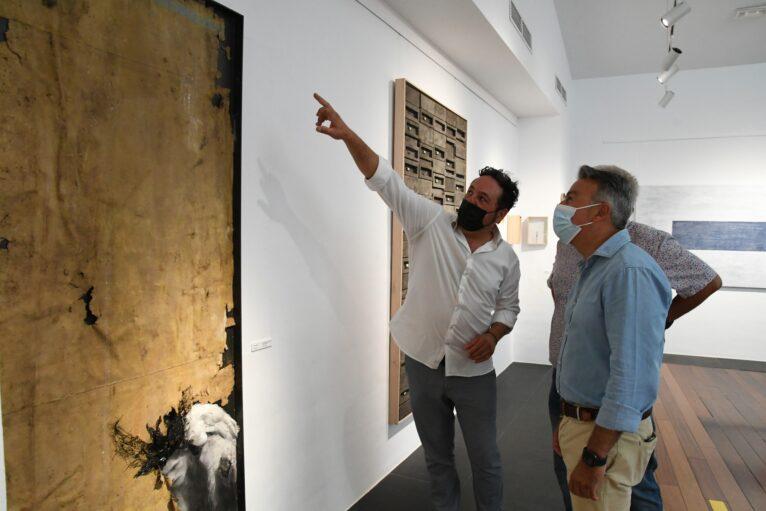 Francesc Marsal explicando su obra