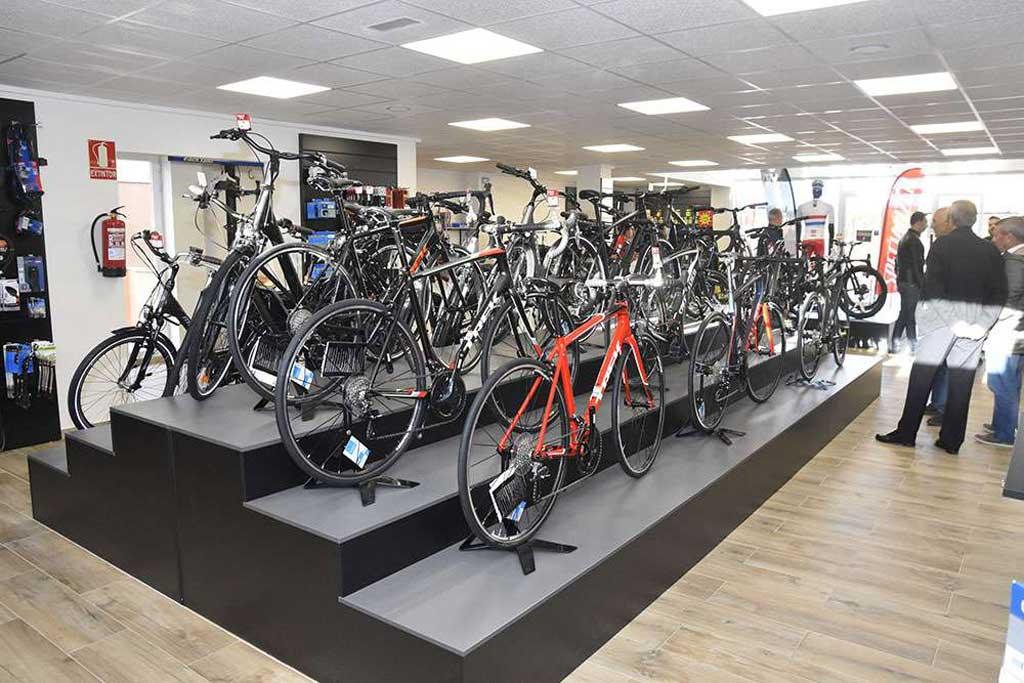 Gran exposición de bicicletas