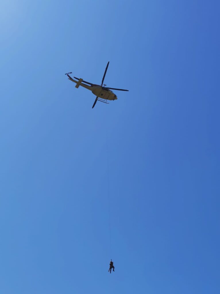 Rescate de la joven herida entre Ambolo y Sol de Barranc