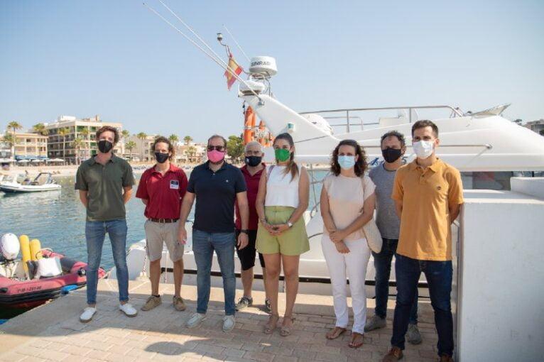 Visita de la consellera al Servicio de Vigilancia de las Baleares