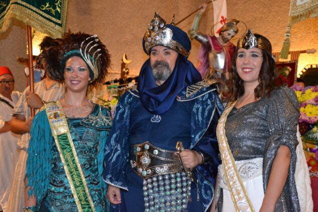 Imagen: Representantes de las fiestas de Moros y Cristianos de 2019