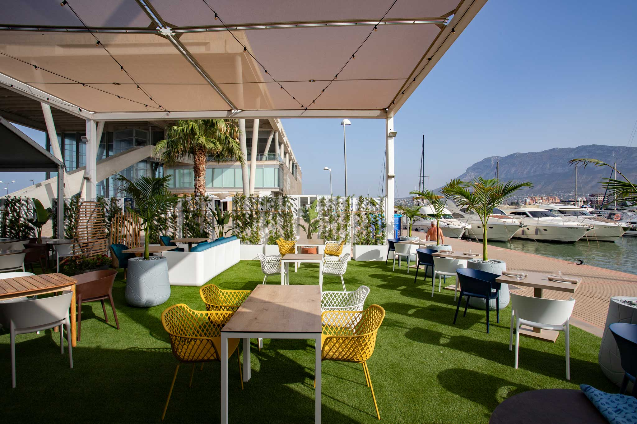 Restaurante con terraza en Denia – Restaurante Nomada