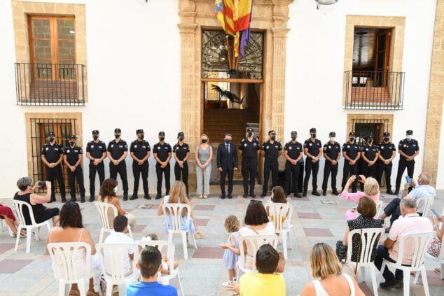 Imagen: Agentes de Policía Local en el acto de posesión del cargo
