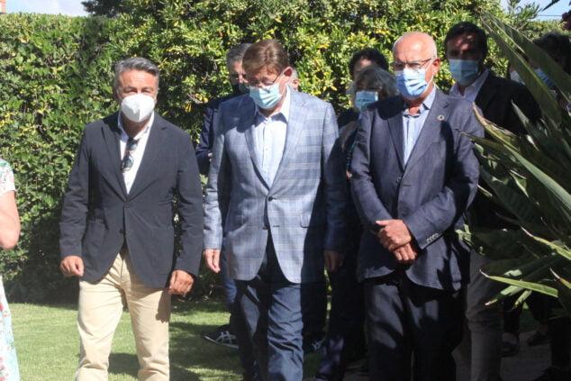 Imagen: Ximo Puig con los alcaldes de Xàbia y Dénia
