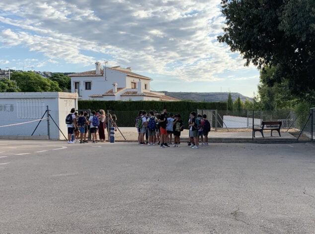 Imagen: Alumnos en el inicio del curso