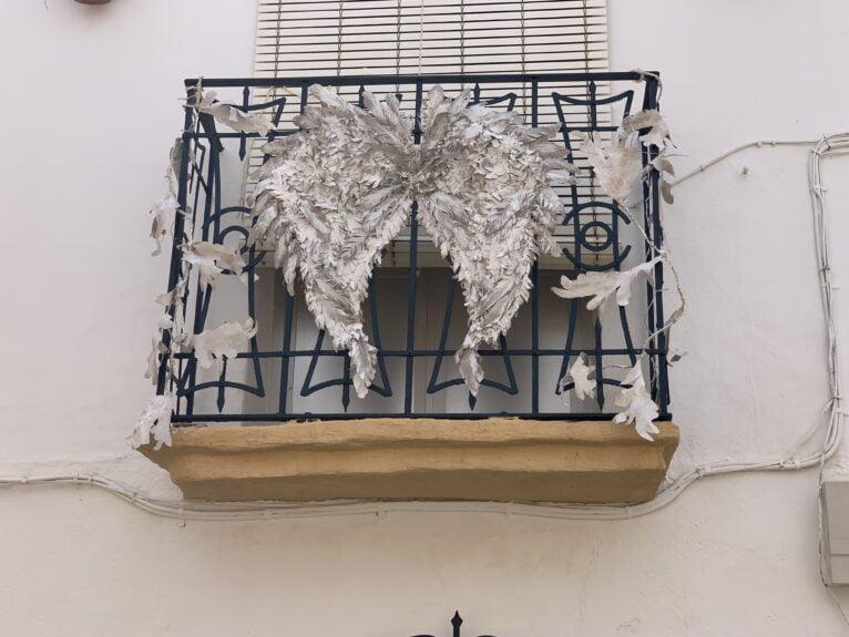 Balcón decorado en las fiestas de Duanes de la Mar
