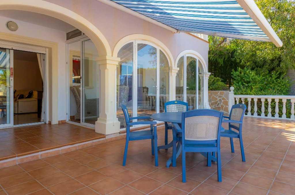 Comprar casa en Javea – Vicens Ash Properties
