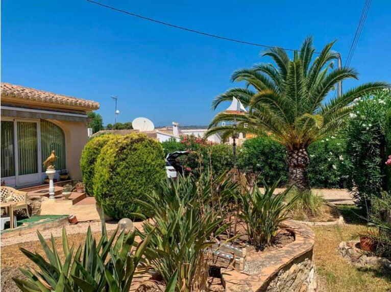 Comprar casa en Javea - Vicens Ash Properties