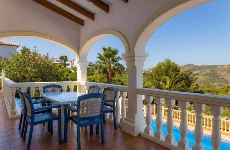 Comprar villa en Javea - Vicens Ash Properties
