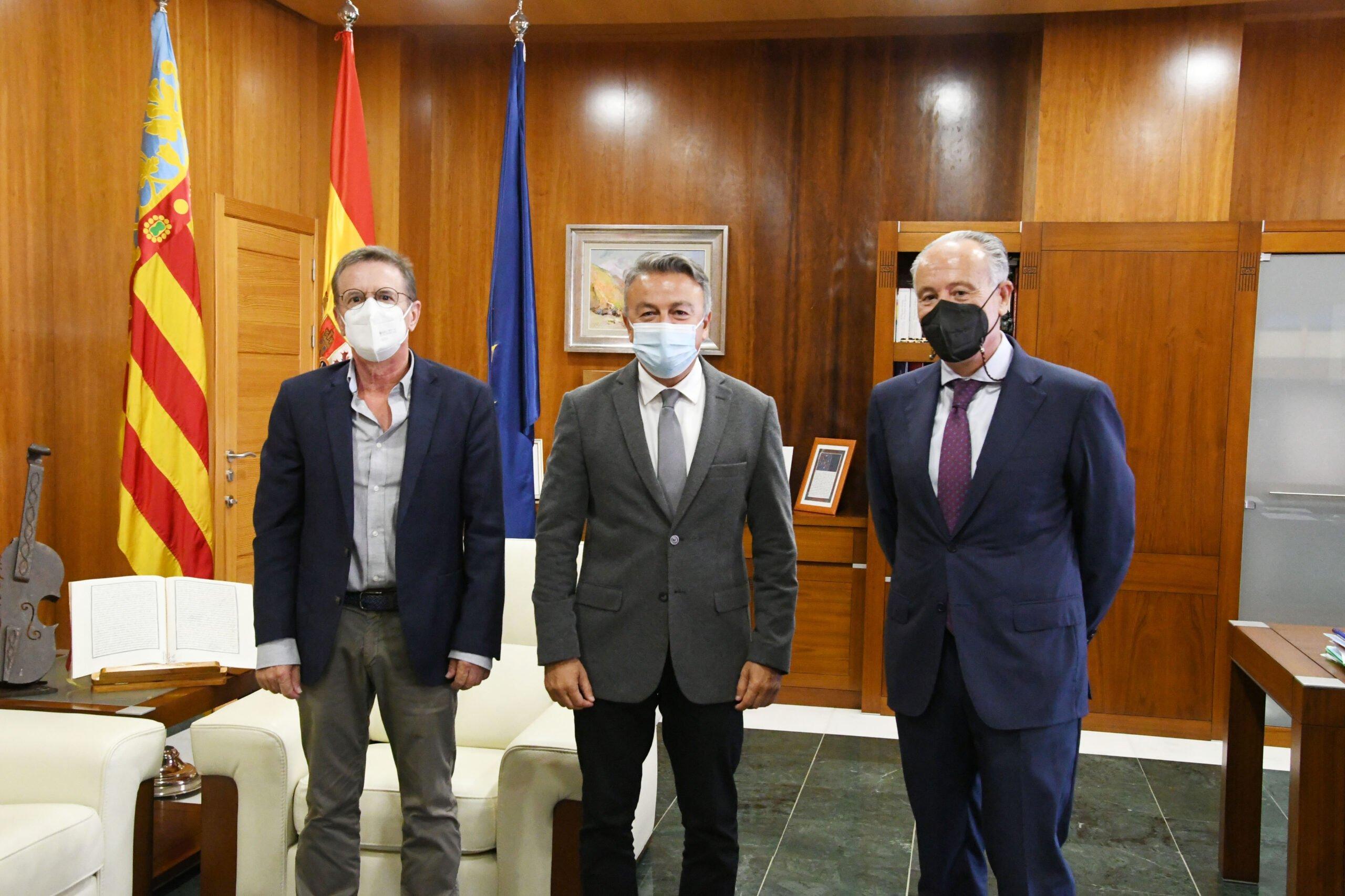 Xàbia convenia con el Colegio Notarial de Valencia