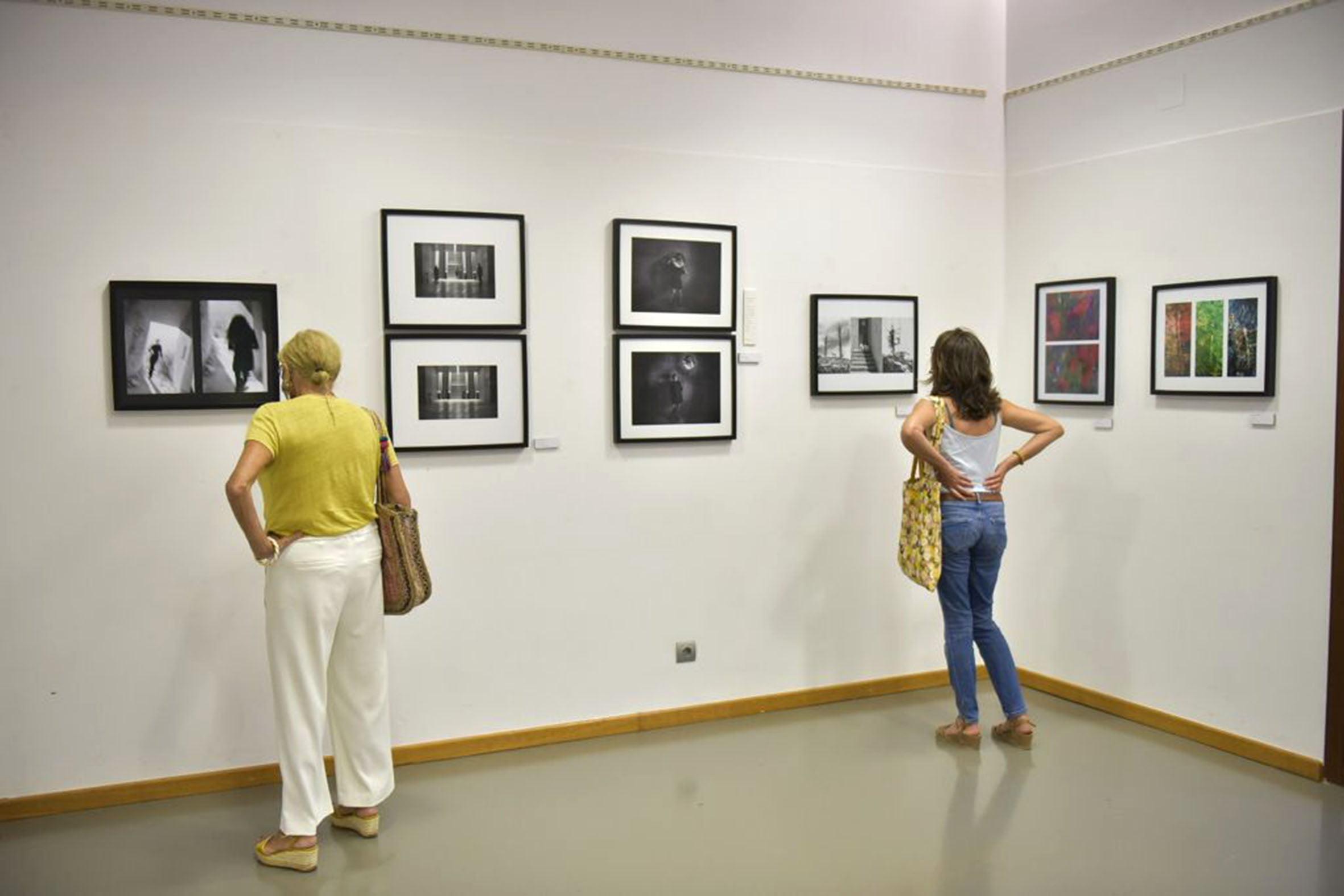 Exposición del Festival Ojos Rojos Xàbia (1)
