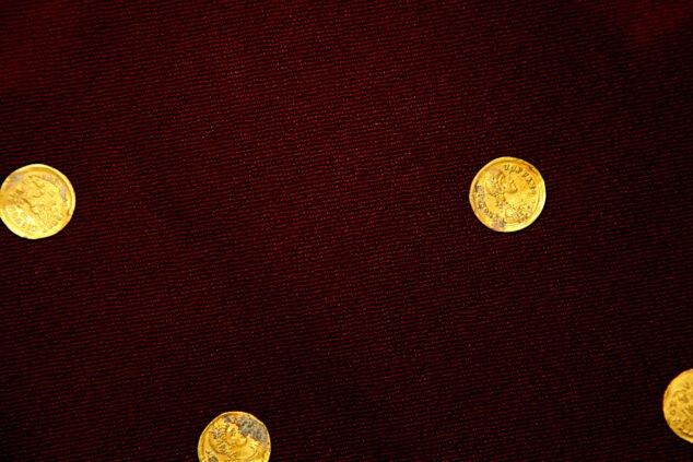 Imagen: Varias de las monedas de oro de la época romana encontradas